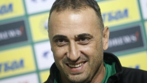Петев: Не съм говорил с Динамо, търся защитници за Франция и Швеция
