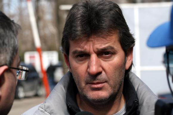 Костадинов: Хубчев не угодничи на никой, очаквам по-добри игри с него