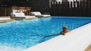 Клишина показа сексапил и в Гърция