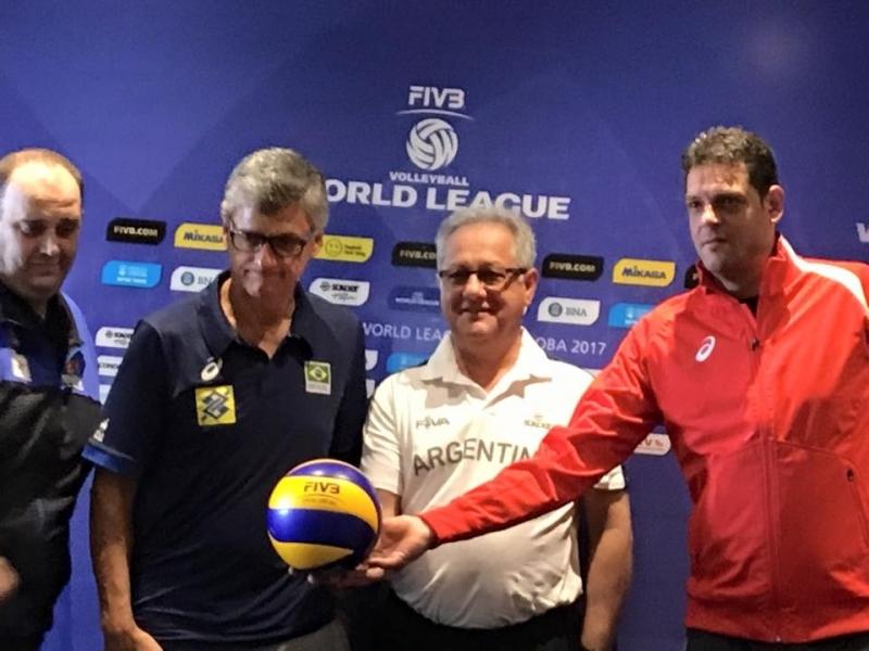 Селекционерът на мъжкия национален отбор по волейбол на България Пламен