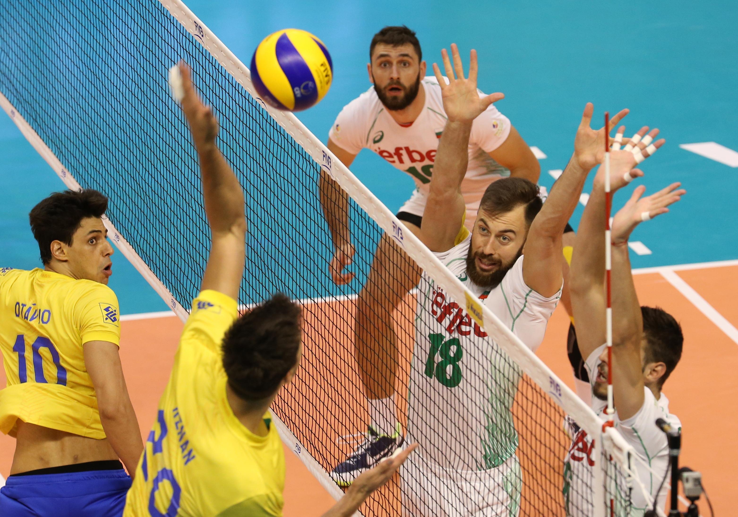 Волейболистите от националния отбор на България излизат днес (тази нощ