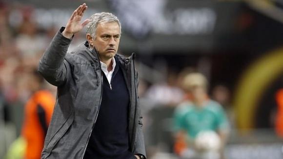 Мениджърът на Манчестър Юнайтед Жозе Моуриньо отрече, че дължи на