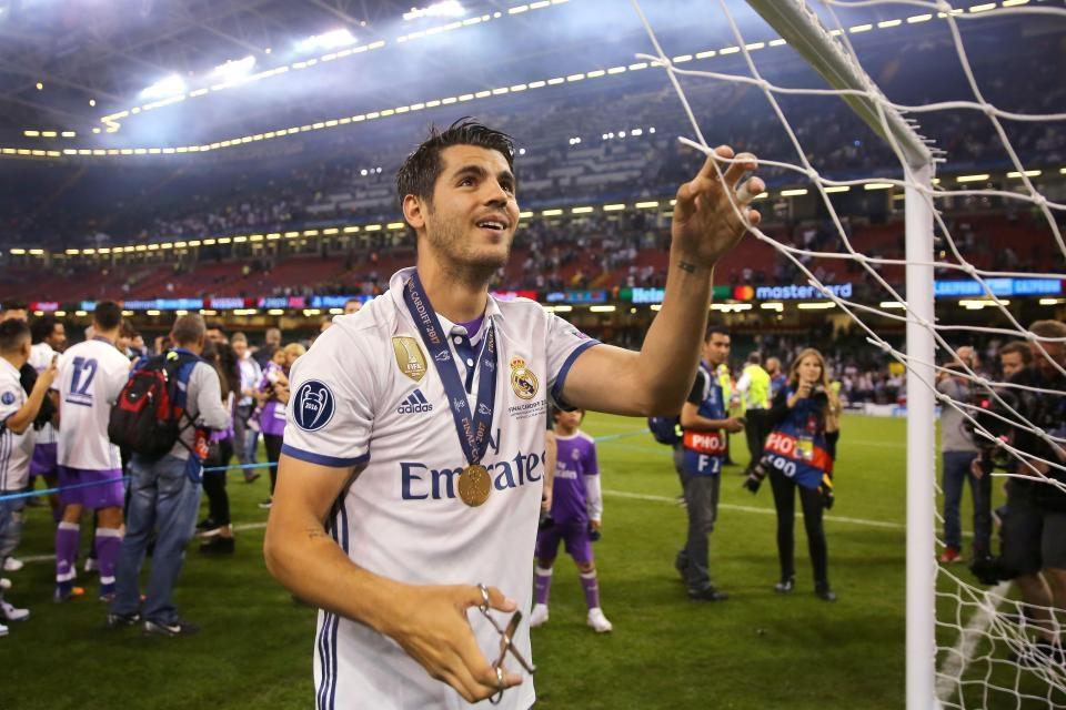 Преговорите за трансфера на Алваро Мората в Манчестър Юнайтед зациклиха,