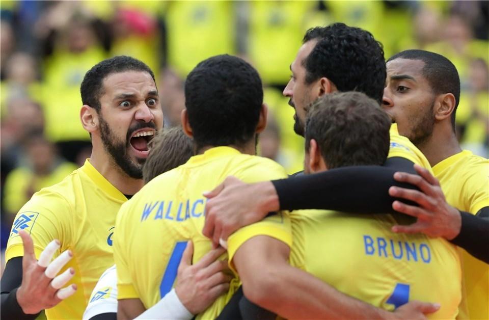 Олимпийският волейболен шампион Бразилия тръгна с победа на финалите на
