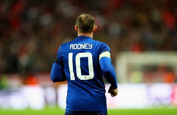 Нападателят на Манчестър Юнайтед Уейн Рууни вече официално е футболист