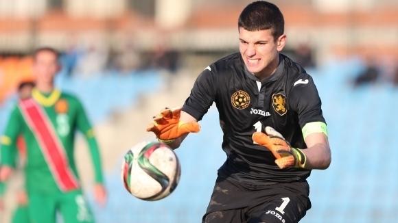 Вратарят на националния отбор на България до 19 години Даниел