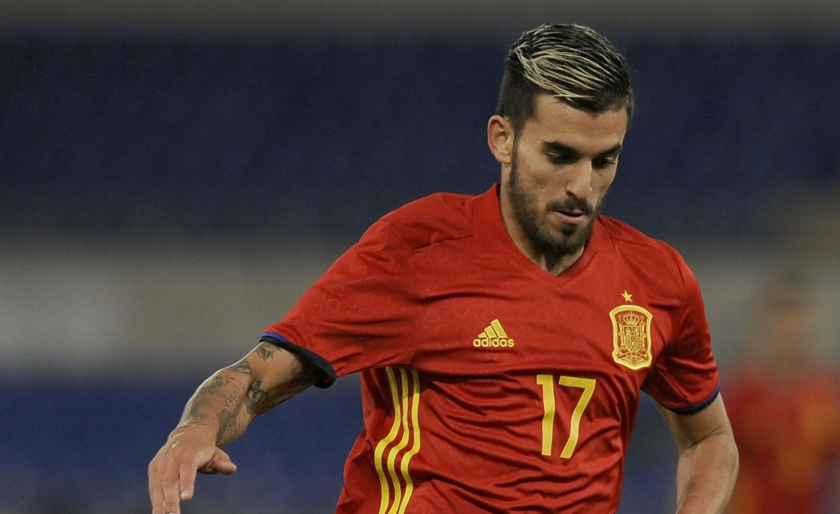 Испанският полузащитник Дани Себайос пристигна в Мадрид вчера вечерта и
