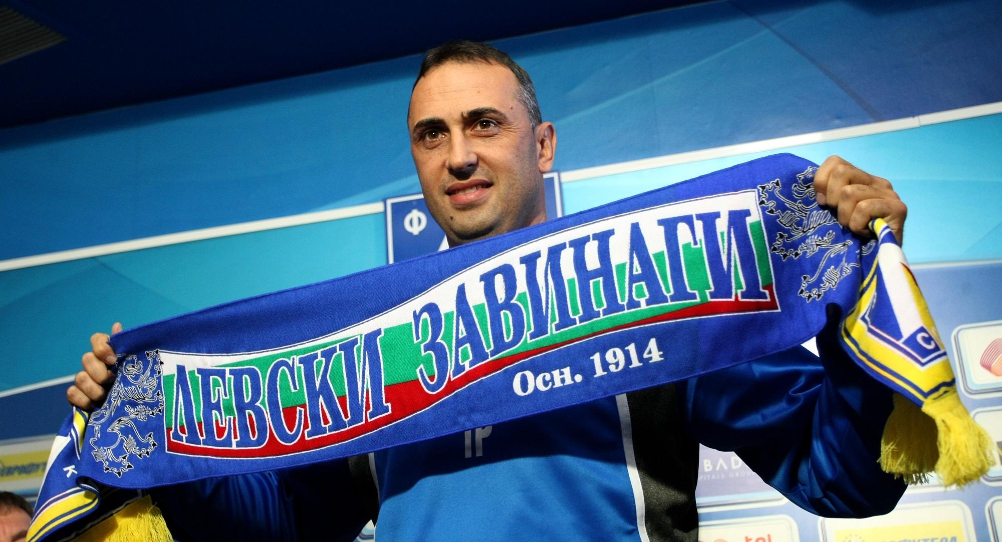 Бившият селекционер на България Ивайло Петев има всички причини и