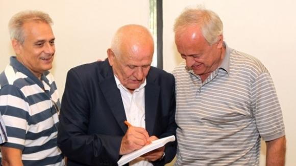 Сръбската легендата Люпко Петрович представи своята автобиографична книга