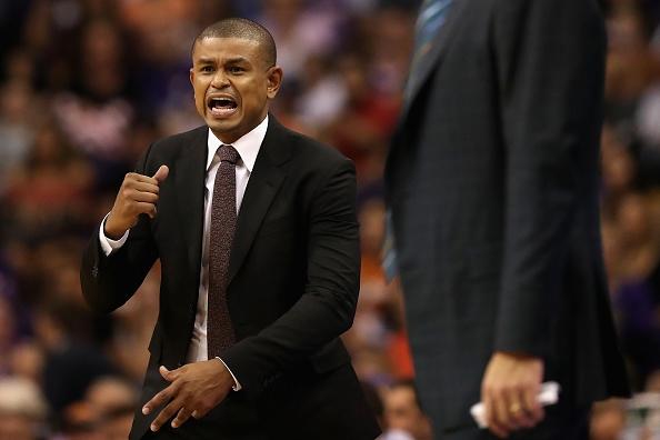Ърл Уотсън напусна поста старши треньор на американския баскетболен тим