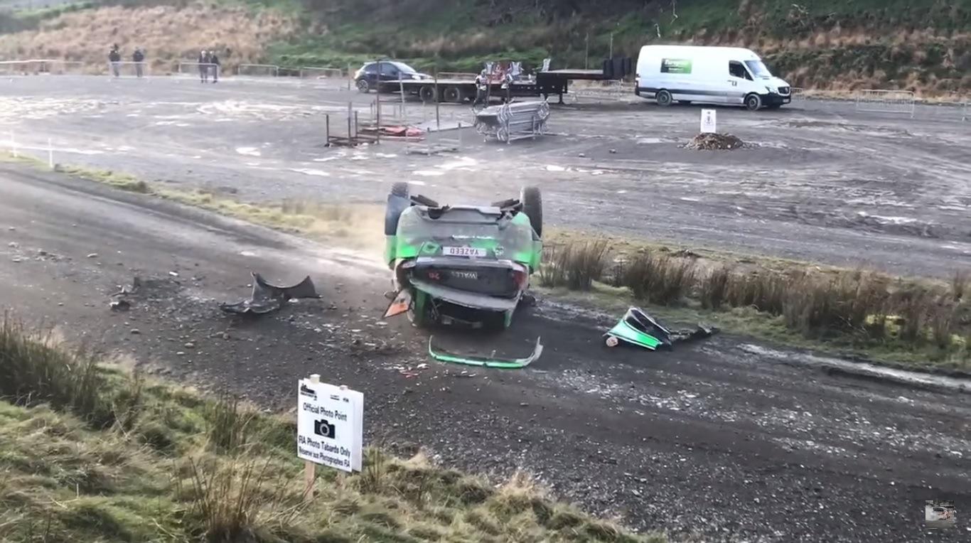 Пилотът с Ford Fiesta RS Язеед Ал-Ражхи катастрофира в първия