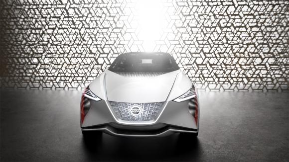 Nissan IMx, изцяло електрическият кросоувър концептуален модел, предлагащ напълно автономно