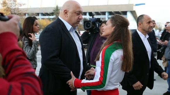 Министър-председателят Бойко Борисов и министърът на младежта и спорта Красен