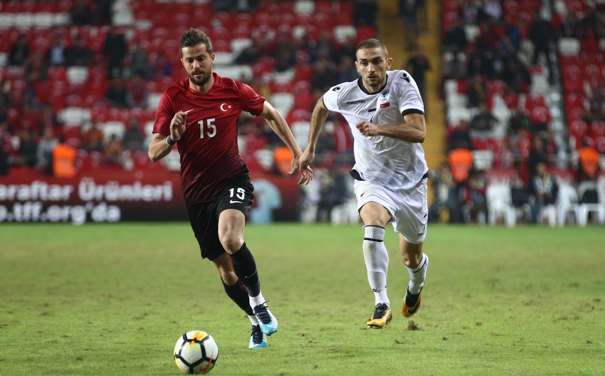 Турция продължи разочароващото си представяне от квалификациите за Мондиал 2018