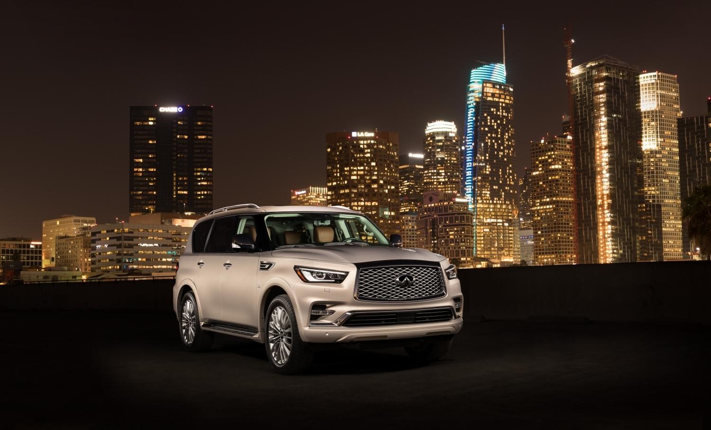 Infiniti представи днес новия луксозен SUV QX80 на Международния автомобилен