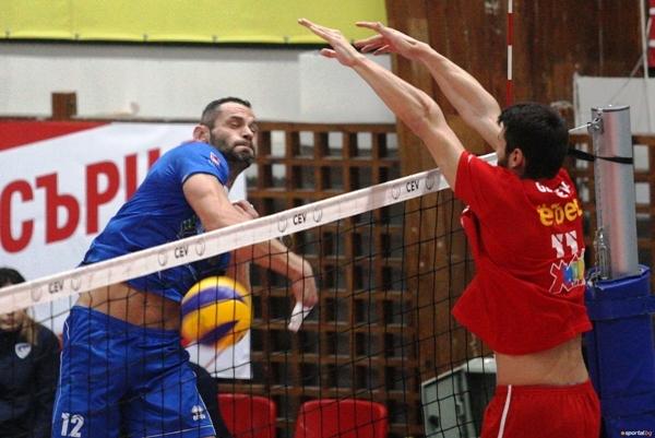 Бившият волейболист на ЦСКА Смилен Мляков, който сега е част