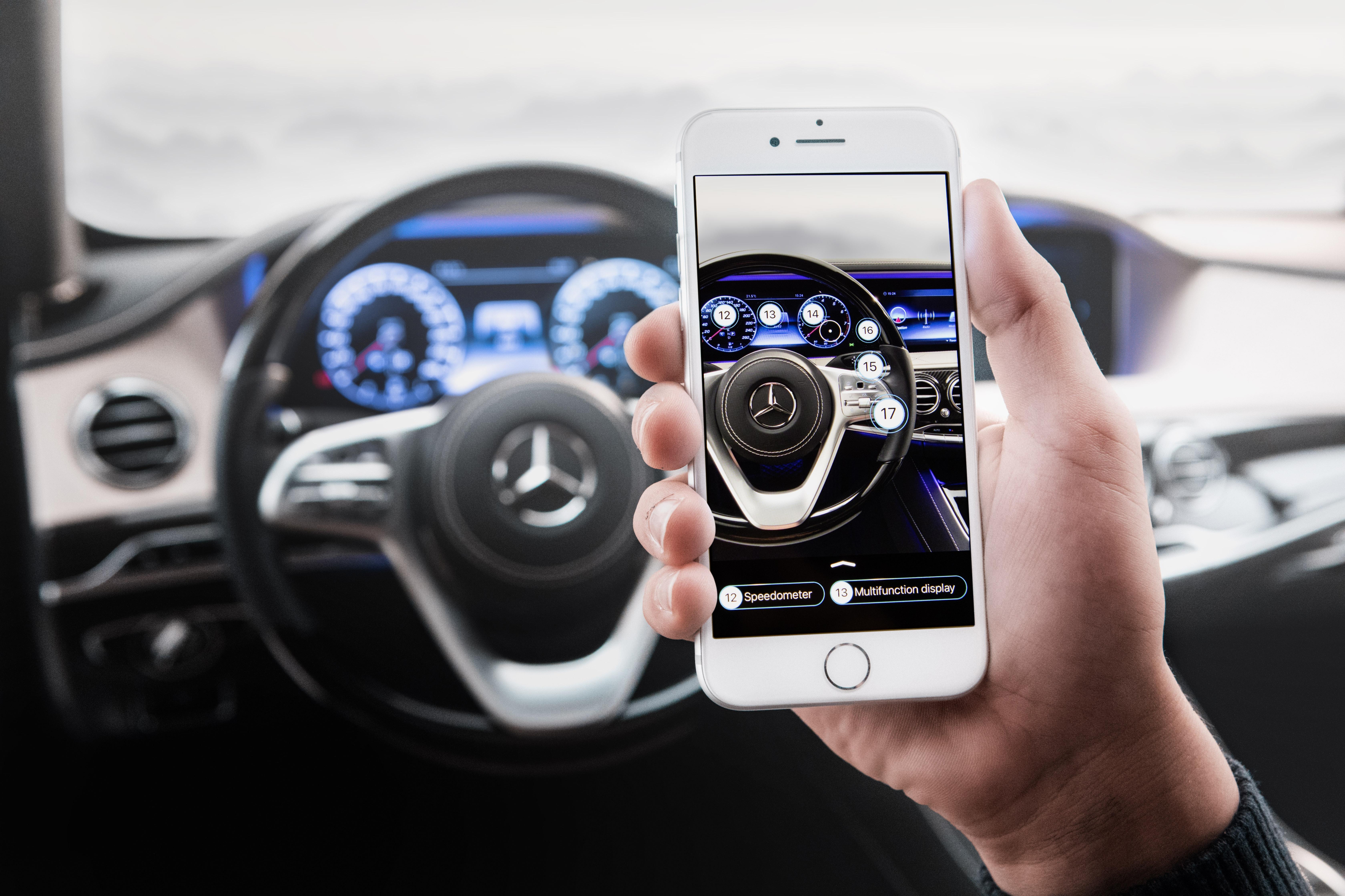 Mercedes-Benz разви система, с която да ти изпраща съобщения на