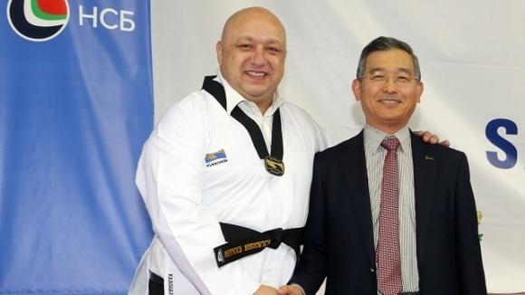 Министърът на младежта и спорта Красен Кралев беше удостоен с