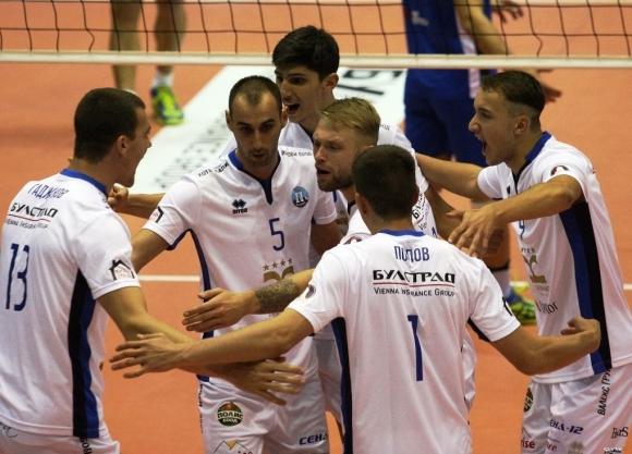 Волейболният отбор на Пирин (Разлог) се върна начело във временното