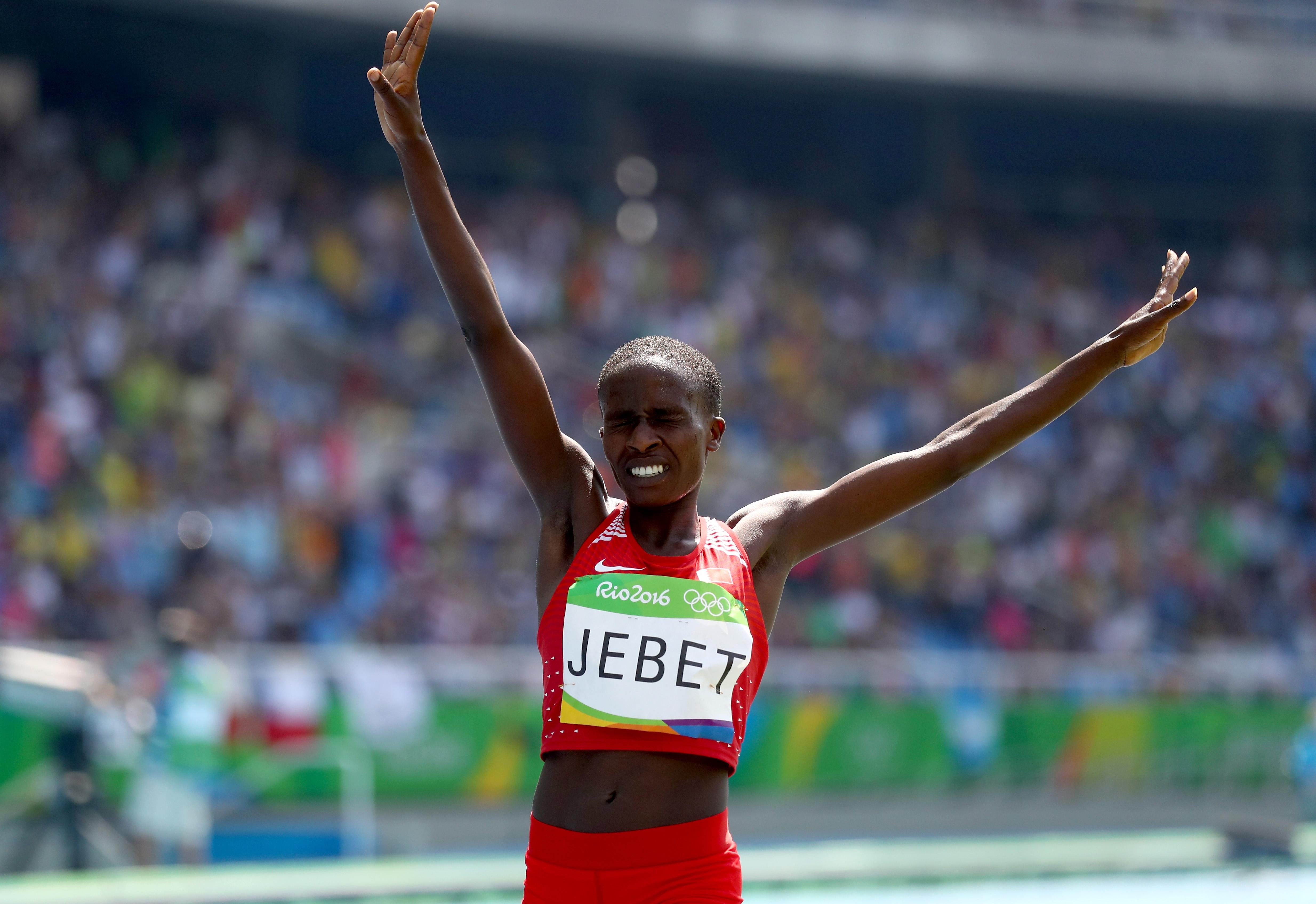 Международната асоциация на атлетическите федерации (IAAF) замрази всички заявки на