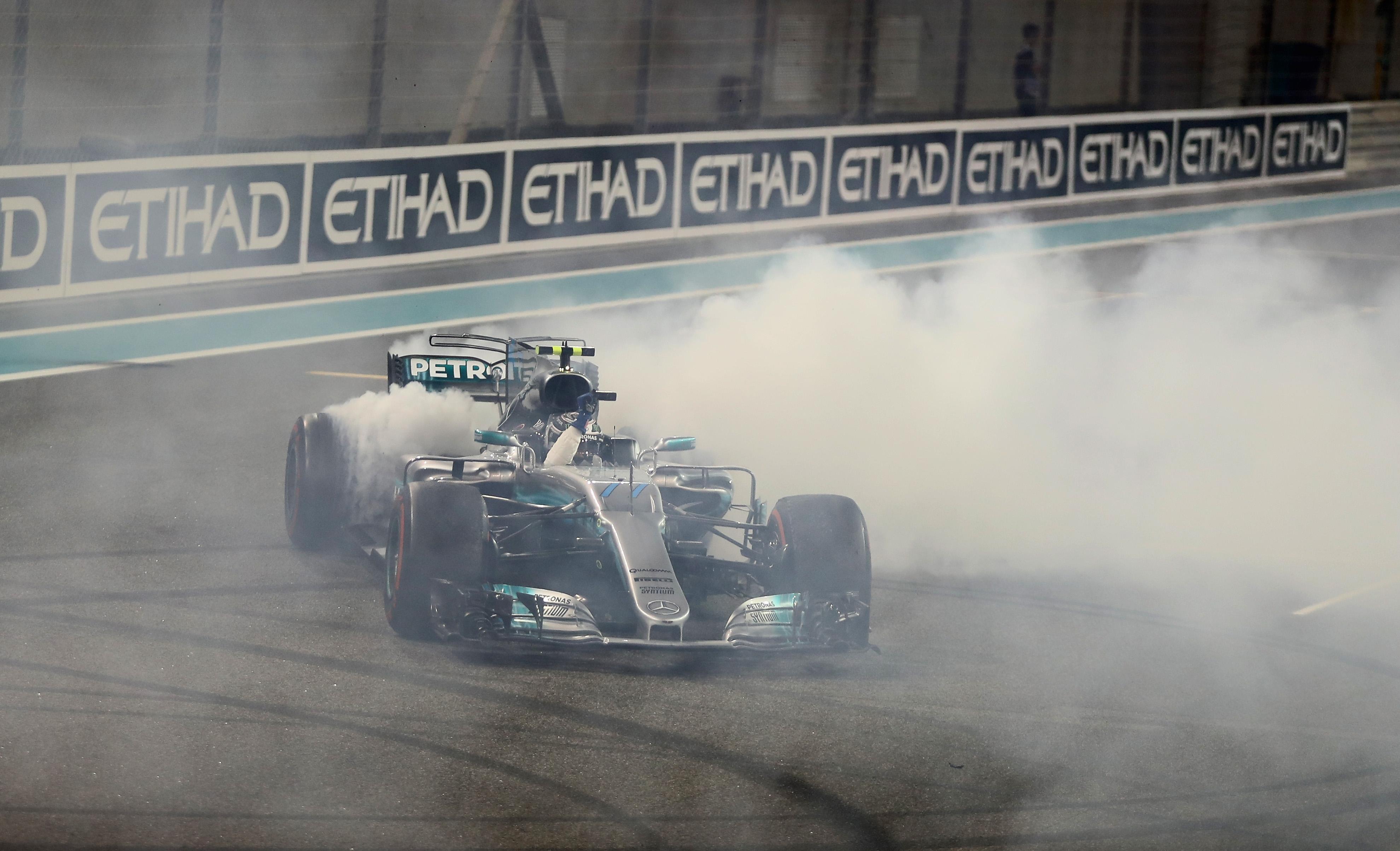 Снимка: Гледайте на живо финала във Ф1: Гран При на Абу Даби