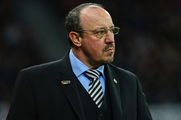 Мениджърът на Нюкасъл Рафаел Бенитес се оплака, че клубът не