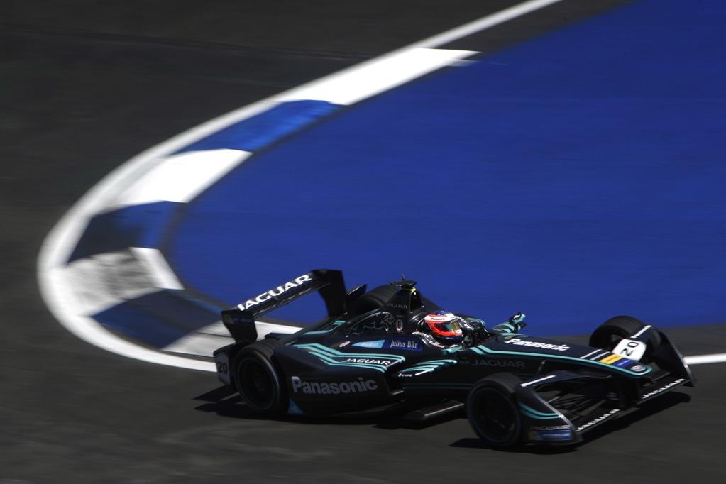 Panasonic Jaguar Racing се отправят към Хонконг за старта на