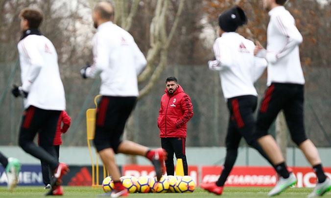 Италианският гранд Милан направи първа тренировка под ръководството на новия