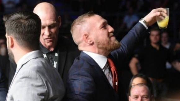 Двукратният шампион в UFC Конър Макгрегър се забърка в пиянски