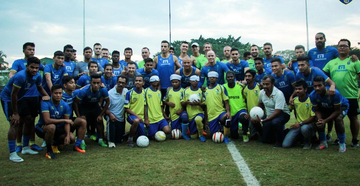 Снимка: Бербо се включи в кампания в подкрепа на слепи футболисти