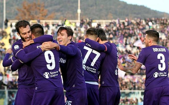 """Тимът на Фиорентина срази с 3:0 на своя стадион """"Артемио"""