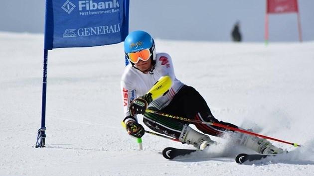 20-годишният алпийски скиор Камен Златков записа силни представяния в стартове
