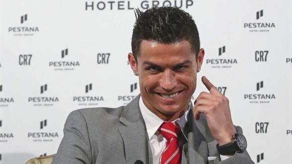 Португалската футболна суперзвезда Кристиано Роналдо разширява хотелския си бизнес.Роналдо със