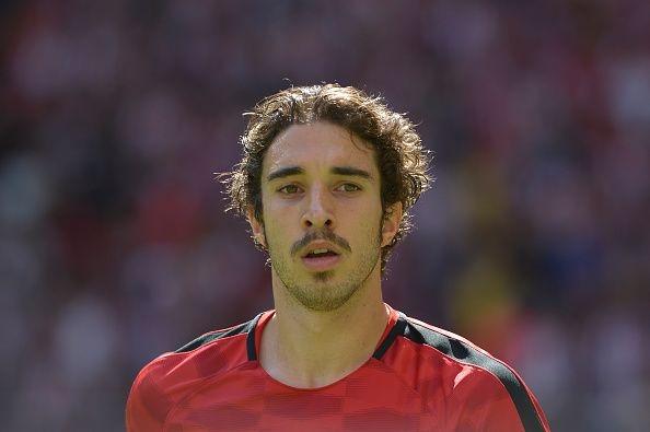 Защитникът на Атлетико Мадрид Шиме Върсалко е пред завръщане в