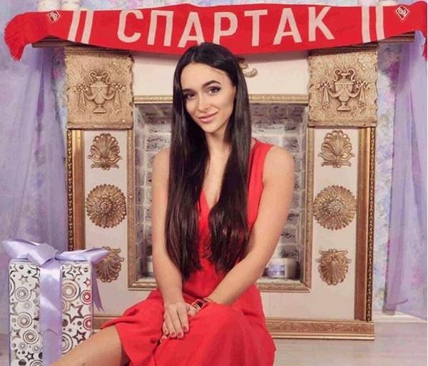 Ослепителната лекарка на Спартак (Москва) Виктория Гамеева строго забрани секса