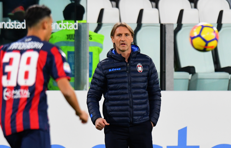 Старши треньорът на италианския Кротоне Давиде Никола подаде оставка след