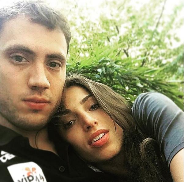Снимка: Супер Ели: Щастлива съм с Александър