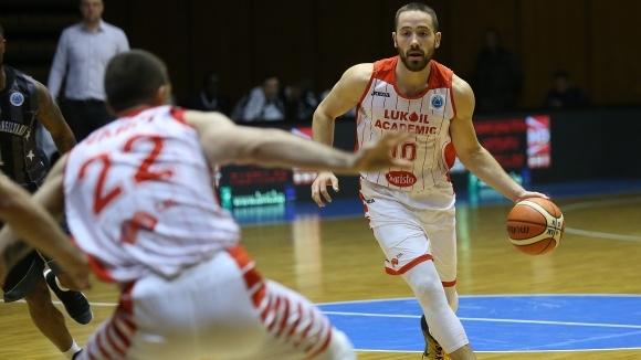 Шампионът на България Лукойл Академик приключи със загуба европейското си