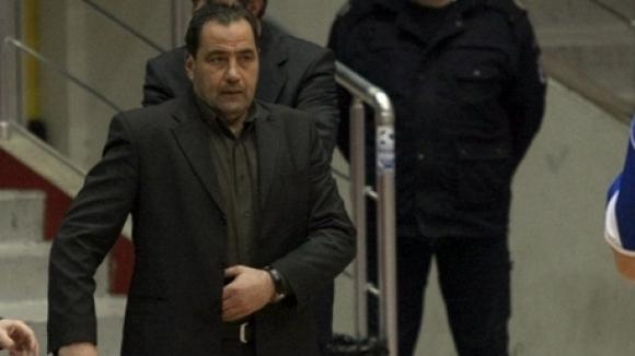 Наставникът на Черно море Тича Дарин Великов заяви, че очаква