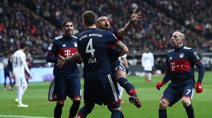 Байерн (Мюнхен) води с 1:0 на Айнтрахт (Франкфурт) като гост