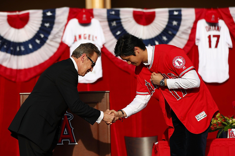 Лос Анджелис Ейнджълс е големият победител в лудата надпревара за