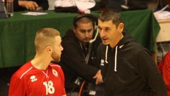 Снимка: Сашо Попов: Рядко се вижда отбор - гост да получава такава подкрепа