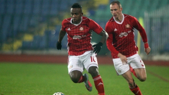 Старши треньорът на ЦСКА-София Стамен Белчев определи група от 18