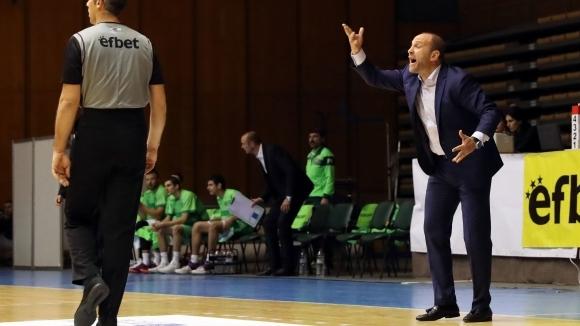 Треньорът на Левски 2014 Константин Папазов отдаде на несериозно отношение
