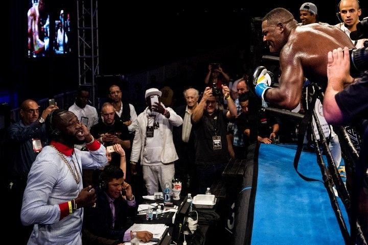 Световният шампион на WBC Дионтей Уайлдър се закани, че ще