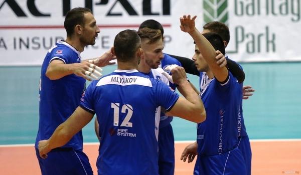 Волейболистите на Левски завърши каледнарната годината с категорична победа, след