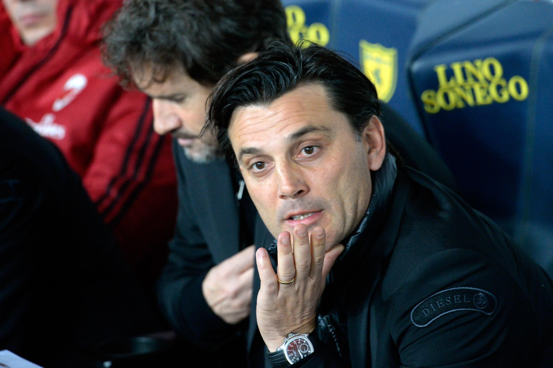 Бившият старши треньор на Милан Винченцо Монтела може да поеме