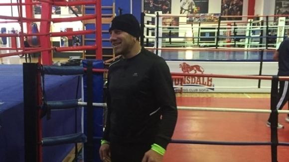Скандалният боксьор Константин Семерджиев не се отказва от мечтата си