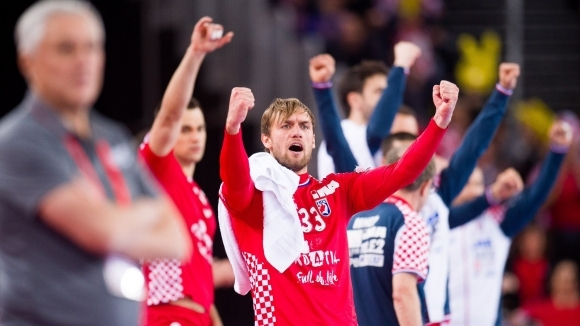 Хърватия постигна неочаквано трудна победа в първия си мач от