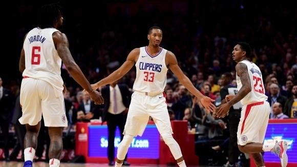 Кливланд иска двама от Клипърс Двама играчи от Лос Анджелис